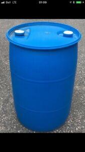 Baril de 45 gallons en plastique à vendre