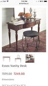 Bombay vanity desk