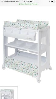 Delux baby change table with bath