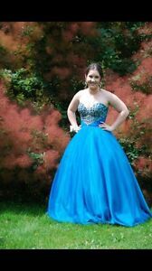 Prom dress - Ball gown size 6