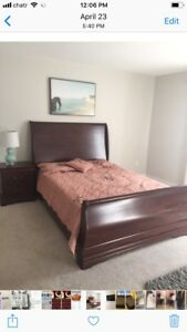 Moving sale ( wood queen bed with side table just $129)