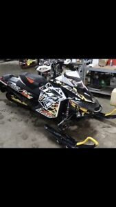 Must sell 2012 skidoo renegade 800x