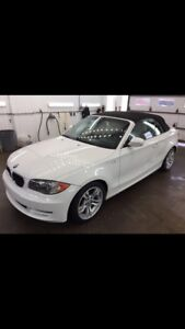 BMW 128 i convertible 2010.