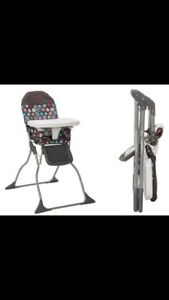 Collapsible light highchair