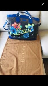 Authentic Gucci weekend traveler Bag