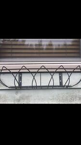 Window Boxes (4) with steel basket