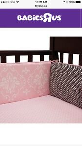 Lambs & Ivy Duchess Bumper and mobile