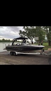 Malibu VLX Wakesetter Hillbank Playford Area Preview