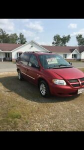 2004 Dodge Caravan - Quad seating