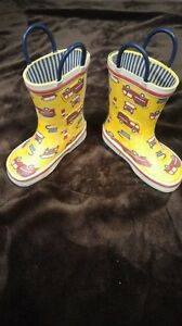Toddler size 6 rubber boots