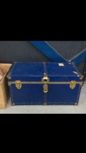 Vintage blue Steemer trunk, Great Shape