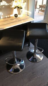 2 Adjustable Bar Stools
