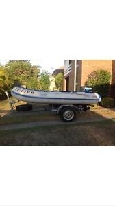 Inflatable with trailer and 2008 Mercury 25hp Highland Park Gold Coast City Preview