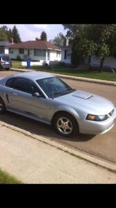 2003 Ford Mustang  Low Km 0 rust