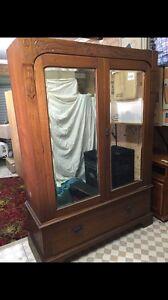 Antique wardrobe Cronulla Sutherland Area Preview