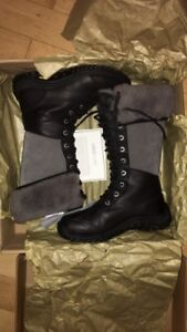 Brand New In Box Ugg Adirondack Tall Boots - size 7.5W