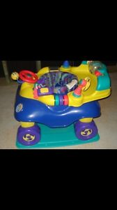 Car exersaucer. AVAILABLE