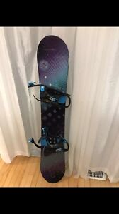 **PKG DEAL! Snowboard, Bindings Boots and Helmet! ONLY 300$