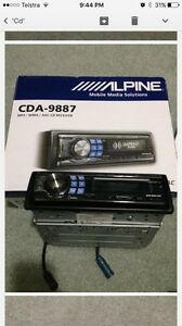Alpine cda 9887 car cd player Berwick Casey Area Preview