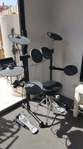 Yamaha electric drum set Woodridge Logan Area Preview