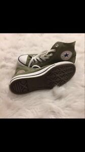 NEW CONVERSE Chuck Taylor All Star High Cut  Army Green  Size 8