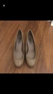 Steve Madden nude patent pumps