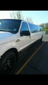 CHEAP LIMOUSINE SERVICE BOOK NOW