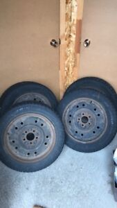Ensemble de 4 pneus d'hiver Pirelli 205/55 R16