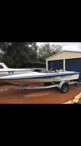 Outboard ski-boat Lewis Bedfordale Armadale Area Preview
