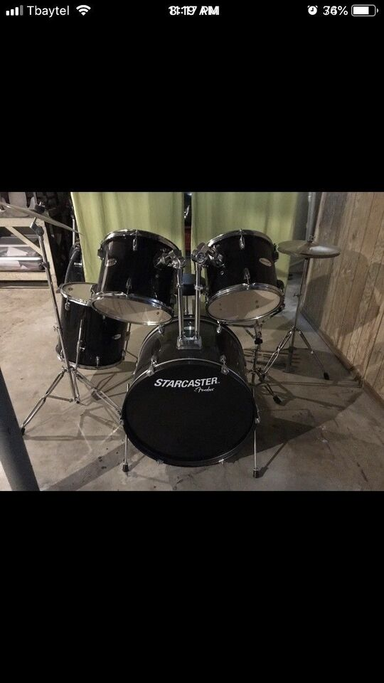 Fender Starcaster Drum Kit Drums Percussion Thunder Bay Kijiji