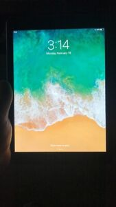 5th GEN iPad 32gb