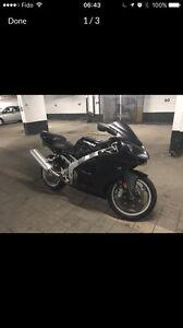 Kawasaki ninja zzr600 2007 - 3400$