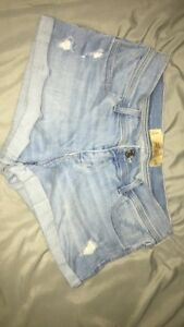 Hollister Low-Rise Light Wash Jean Shorts
