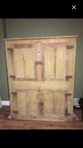 Large antique ice cooler box chest