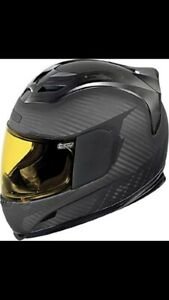 Selling Large Icon Airframe Ghost Carbon Motorcycle Helmet