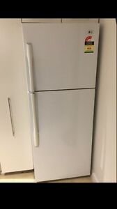 Perfect working large LG 420 liter fridge freezer.Can deliver Parramatta Parramatta Area Preview