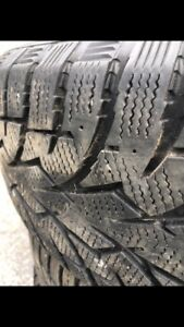 Winter tires  215/60R16 95T