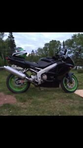 02 ZX6R Beautiful bike