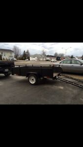 Solid Trailer 4X8 with ramps