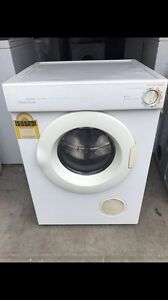 Fisher Paykel 5.5KG Dryer Model: AD55U Hassall Grove Blacktown Area Preview