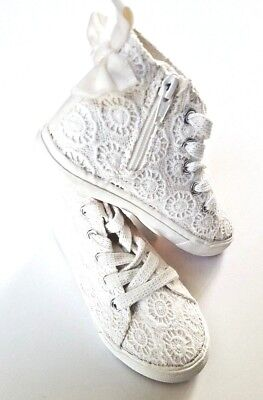 Toddler / Girls Shoes Ivory White Canvas High Tops  w/ Bow & Zipper - Cat & Nat - Toddler Ivory Shoes