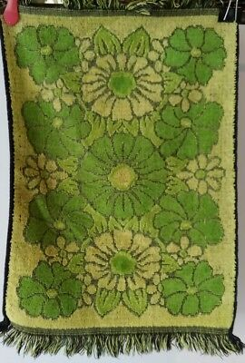 Retro Green & Gold Hand Towel Flower Power