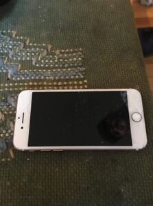 100$$$ WIFI ONLY BLACKLISTED PHONE. IPHONE 7 32g CRACKED SCREEN