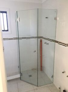 MIRRORS SPLASHBACKS SHOWERS FREE QUOTATIONS Burwood Burwood Area Preview