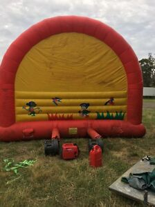 Jumping castle Hackett North Canberra Preview