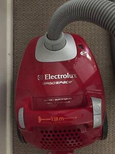 Electrolux vacuum cleaner Regents Park Logan Area Preview