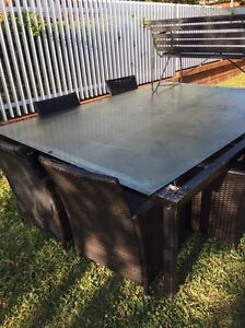 Free outdoor table and chairs Prestons Liverpool Area Preview