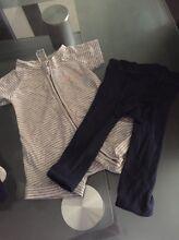 Size 000 bonds jumpsuit and leggins McLaren Flat Morphett Vale Area Preview