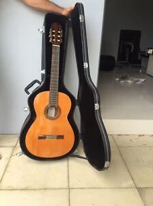 Aria AC25 Concert Classical Guitar  with Case and tuners Killara Ku-ring-gai Area Preview