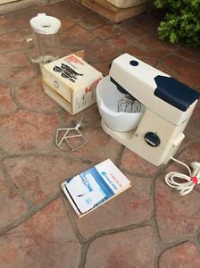Vintage kenwood mix master with accessories $55 Berkshire Park Penrith Area Preview